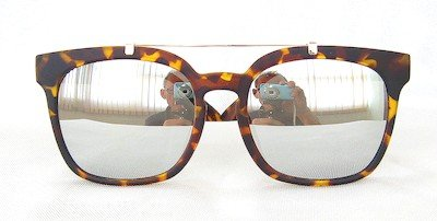 Square sunglasses, Tortoise shell painting